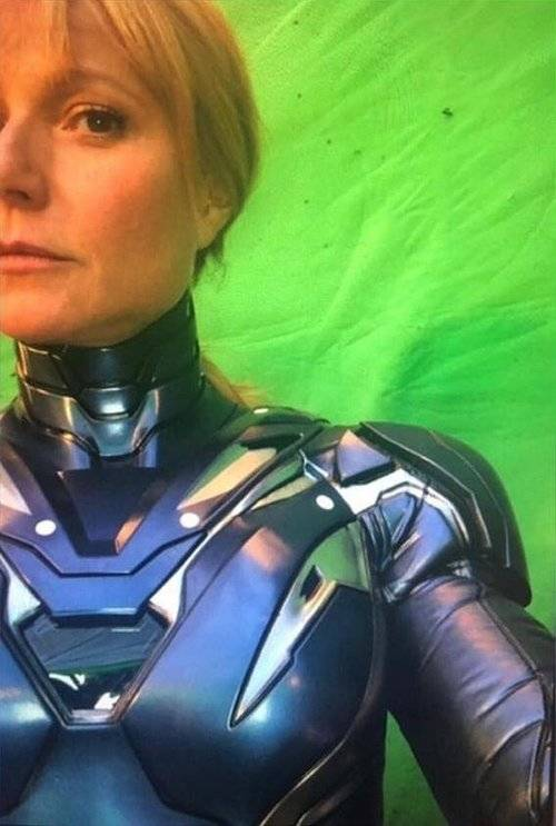 Entertainment: Movies - Gwyneth Paltrow in an ironman suit image 1