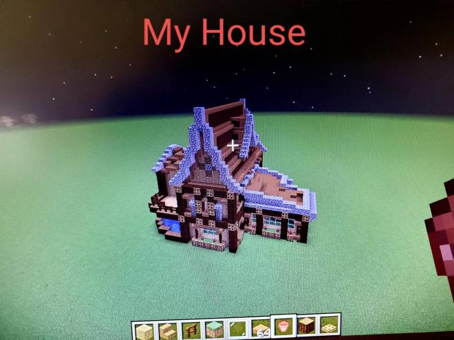 Minecraft: General - My House image 1
