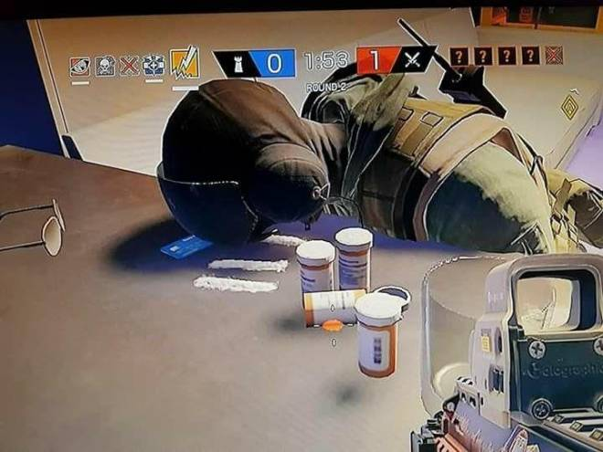 Rainbow Six: Memes - Jäger after loosing his Acog image 1
