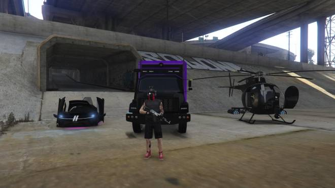 GTA: General - My favourite things to use and drive #gta #buzzered image 4