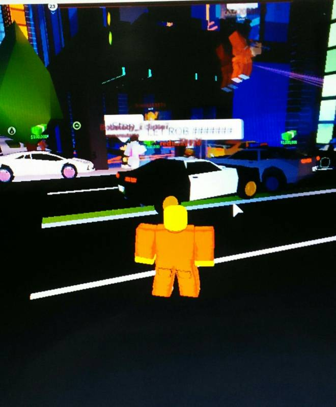 Roblox: General - My and the crew gonna rob the jewlery store image 1