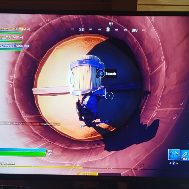 Fortnite: General - Dont you hate when you lag this bad?  image 1