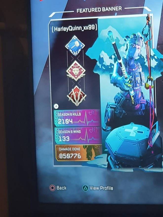 Apex Legends: Looking for Group - Looking for people to play with. Must be chill. No toxicity. 18+ preferably. Gold rank. Lifeline mai image 3