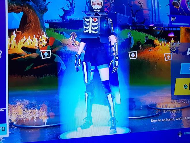 Fortnite: Battle Royale - Do enybody want to play trios image 2
