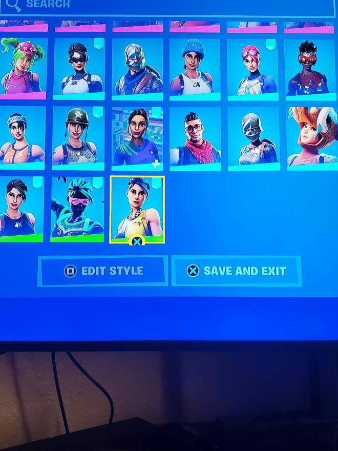 Fortnite: Looking for Group -  Trade plz don't scam because im only 9 years old image 5