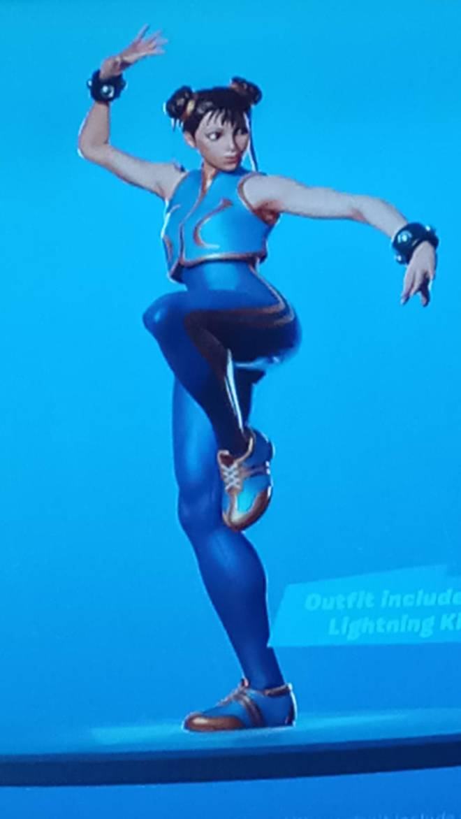 Fortnite: General - Can anyone please gift me these skins🙏🙏 image 2